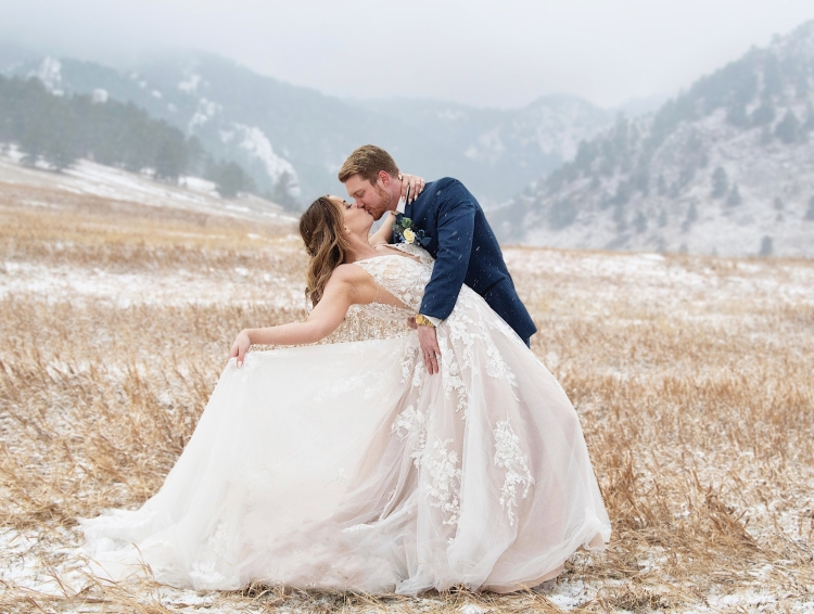 Just look at this! I love how dreamy this shoot was. You'd never know we were all shivering our butts off because the models did such a wonderful job.