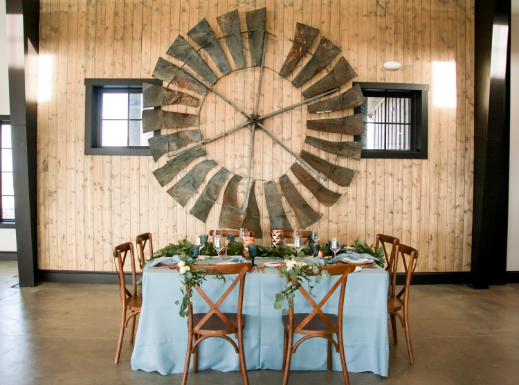I loved the inside of this venue even more than I loved the outside. It is bright, spacious and had plenty of windows to see all the beautiful scenery outside. The fireplace was a floor to ceiling stone fireplace that quickly warmed the space up well. The shiplap walls with rustic decor brought the entire venue together. I'd say this is a Joanna Gaines inspired dream 😍